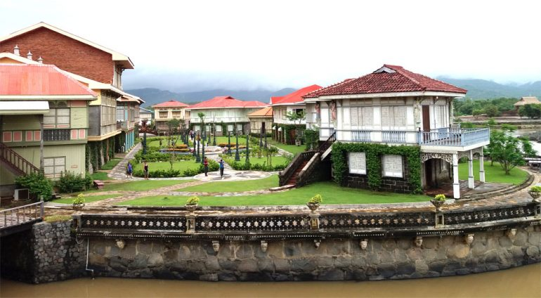 las casas filipinas de acuzar day trip guide